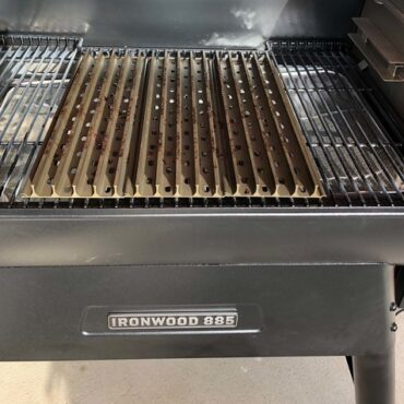GrillGrate Sear Station for The Traeger Pro 575 /& 780 /& 22 /& 34